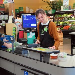 CASHIER USING CoPOS CASHIER LANE